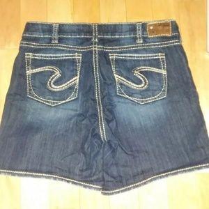 Silver Suki Jean Shorts 16